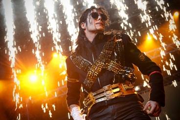 Forever_King_Of_Pop_-_divulgação1