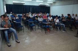 Estudantes receberam orientação profissional