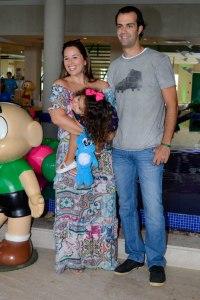 Mariana Belem e familia