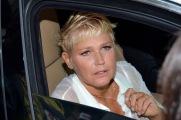 Xuxa deixa hotel (2)
