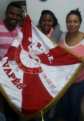 Higor Henrique, Naiomy Pires e a Presidente Rosemeire Marcondes - Foto: Divulgação