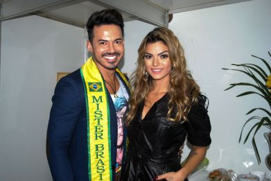 Matheus Gouveia e Kelly Key